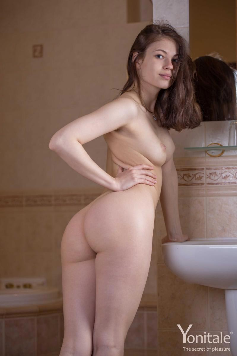 naked art pictures